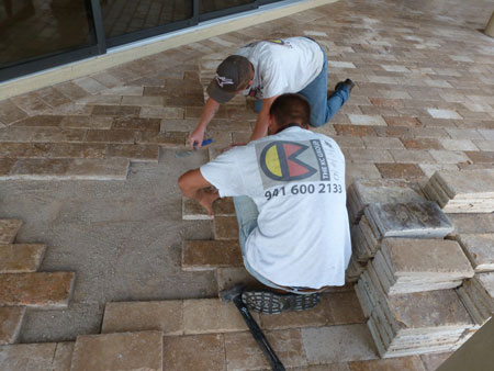 how to lay travertine pol deck pavers